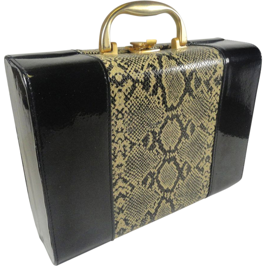 vintage travel vanity case faux black patent snake skin from headsupvintage on ruby lane. Black Bedroom Furniture Sets. Home Design Ideas