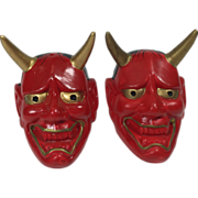 Devil Head Salt & Pepper Shakers Souvenir of Hell Michigan
