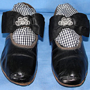Exquisite Pair of Early Vintage leather Little Girl Shoes - Superb!