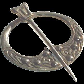 Vintage Scottish Sterling Silver Penannular  Celtic Brooch Glasgow 1948
