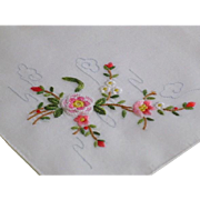 Vintage Hand Embroidered Floral Hankie Hanky