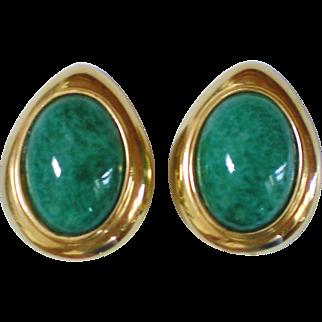 Large Ciner Goldtone & Peking Glass Clip Earrings