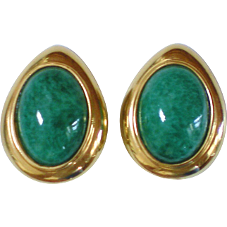 Large Ciner Goldtone & Peking Glass Clip Earrings
