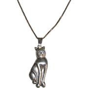 "Sterling Silver Cat Pendant On 24"" Box Chain Italy"