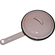 Retro Pink Enamel Ware Saucepan with Lid