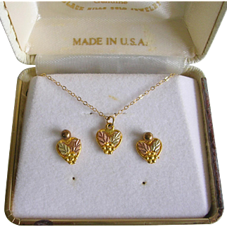 Delicate 10K Black Hills Gold Necklace And Earrings