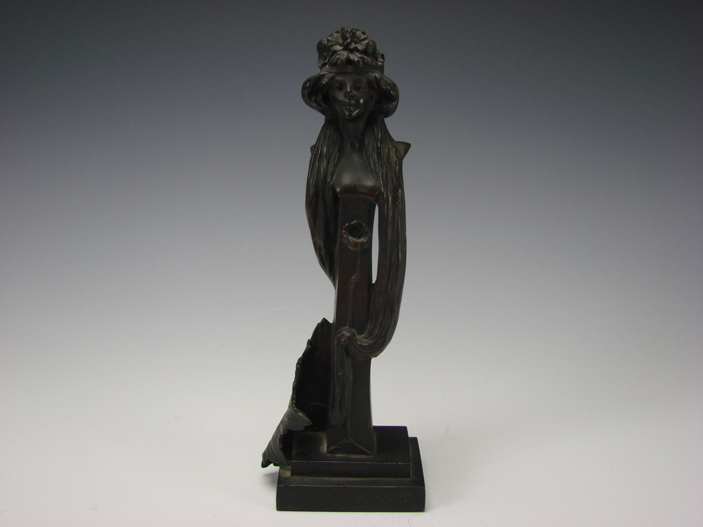 Art Nouveau Jugendstil German/Austrian Bronze Sculpture Figure Signed P. Weltchen