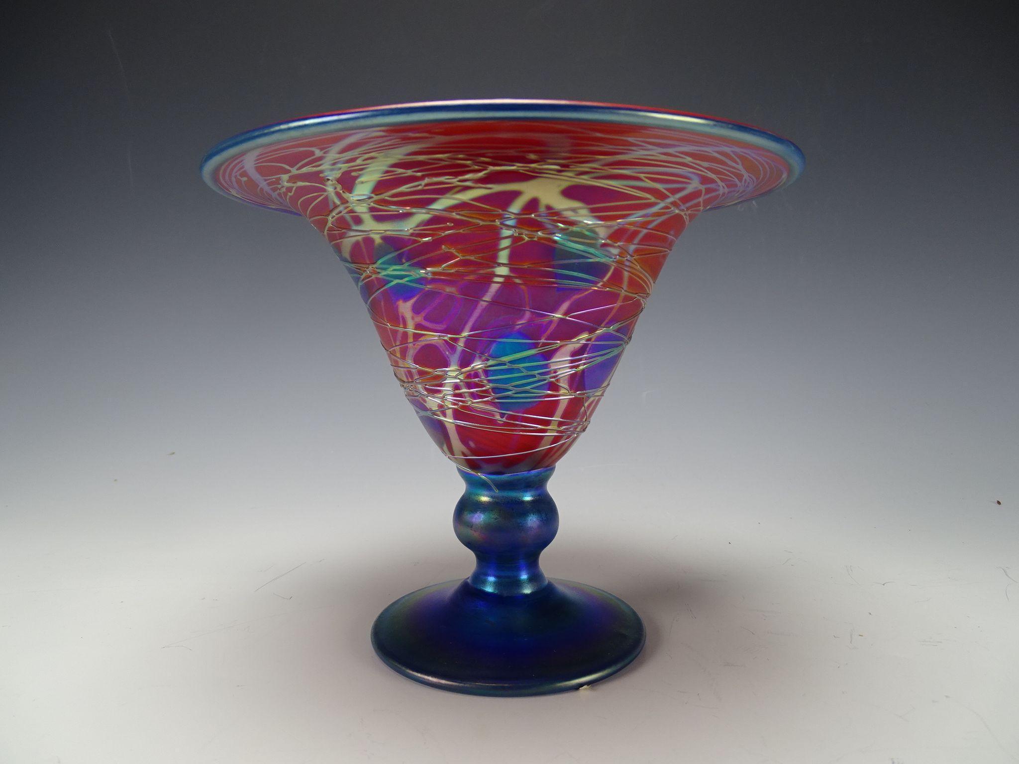 Great Carl Radke Iridescent Heart and Vine Glass Vase