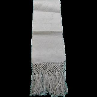 Vintage Linen Damask Fringed Show Towel Jacobean Florals Never Used