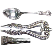 Towle Old Colonial Sterling Silver Sugar Serving Spoon