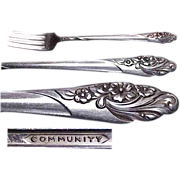 "2 / Community Plate Evening Star Pattern 7 & 1/2"" Viande Forks."