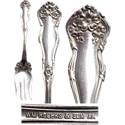 """1908 Wm Rogers & Sons """" Arbutus """" Cold Meat Silverplated Serving Fork"""