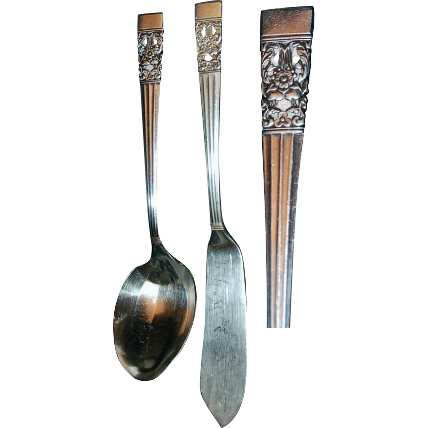 "Community ""Coronation"" Pattern (Pair) Butter Serving Knife/Sugar Spoon"