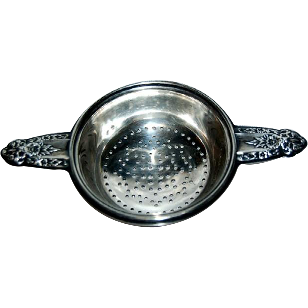 1939 International Prelude Pattern Sterling Tea Strainer
