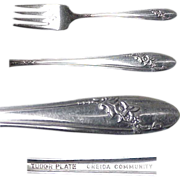 Pair ( 2 ) Queen Bess Silverplate Salad/Dessert Forks