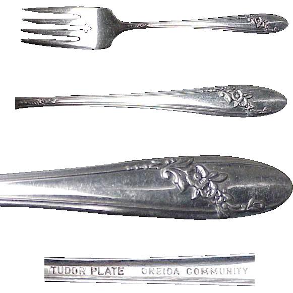Pair ( 2 ) Queen Bess Silverplate Salad/Dessert Forks