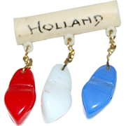 Very Cute Holland Pin w/ (3) Red White & Blue Dutch Shoes