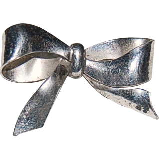 Sterling Silver Pin in a Ribbon Bow Knot Design