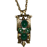 Jewelry Pendant Green Glass Stones with Long Chain