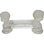 "1900s Figural French Baccarat Cherubs Heads Glass Knife Rest / S305 "" Enfants Boudeurs """