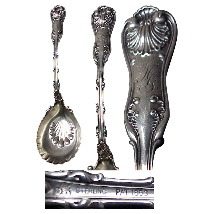 1893 Whiting Imperial Queen Pattern Large Berry Spoon
