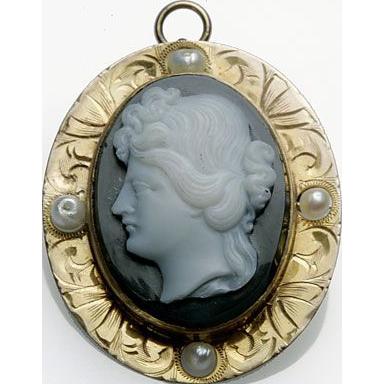 Victorian stone cameo brooch/pendant