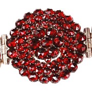Beautiful Victorian Garnet bracelet