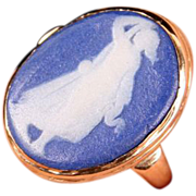 Great Wedgwood ring--10K gold