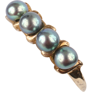 Lovely 10K gold Black pearl ring