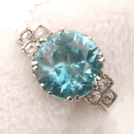 Stunning Platinum Blue Zircon & Diamond ring