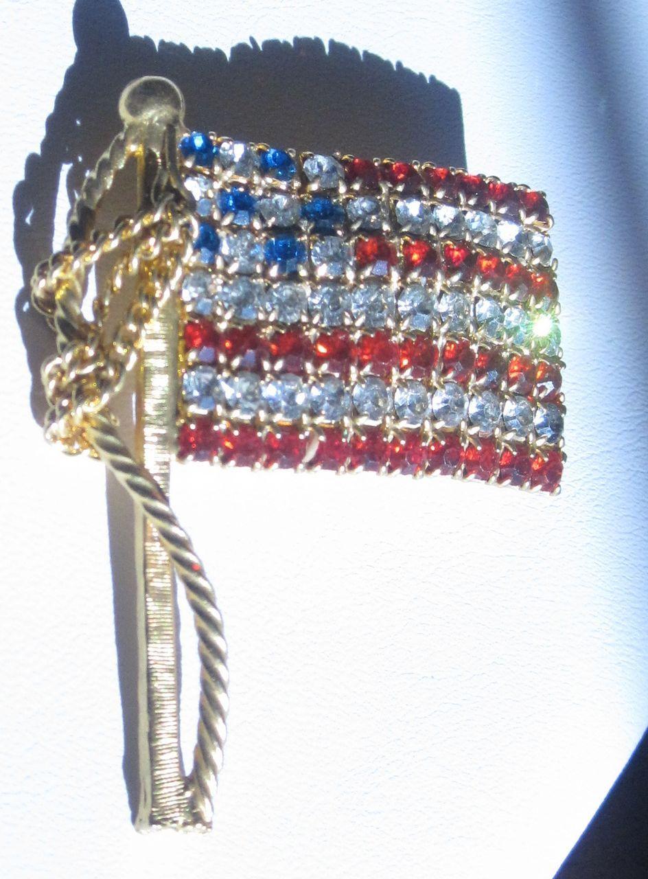 Vintage Large American Flag Patriotic Pin Brooch