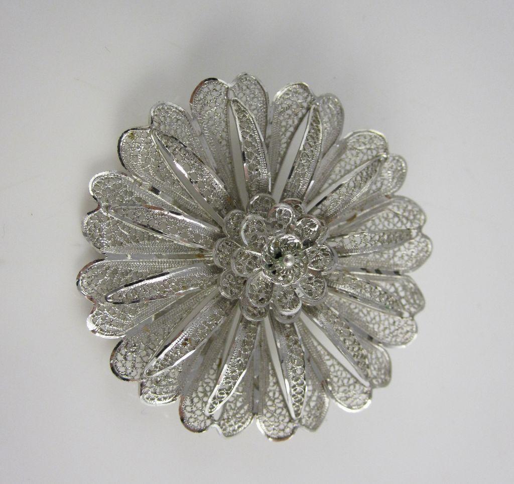 Vintage Flower Pins 67