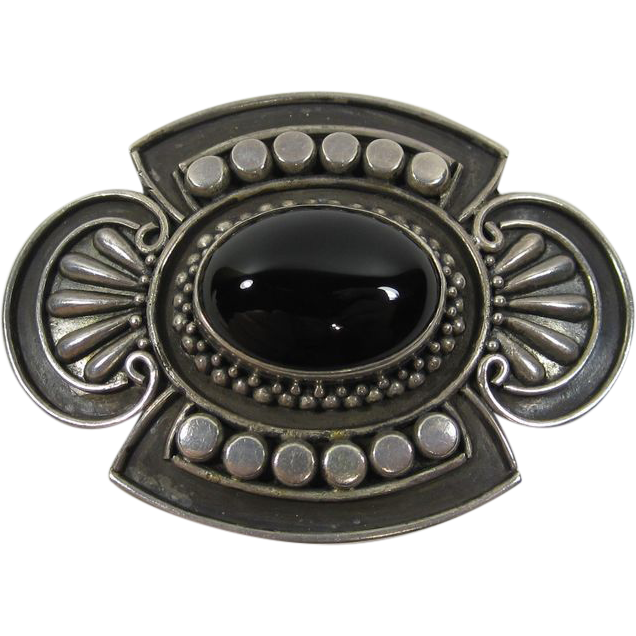 Vintage Sterling Silver & Oval Black Onyx Brooch Pin