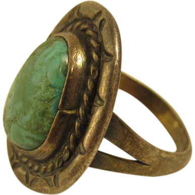 Vintage Sterling Silver & Green Turquoise Ring