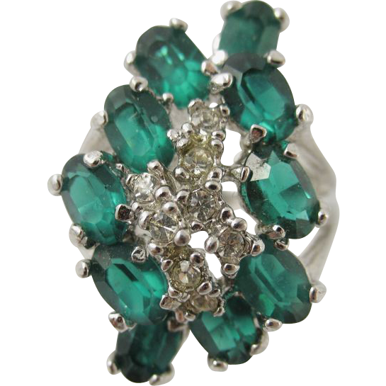 Vintage Sterling Silver Emerald & Clear Rhinestones Ring