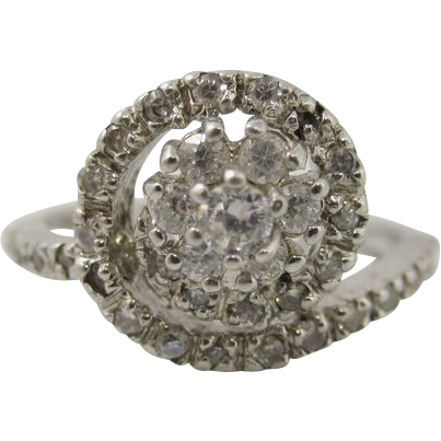 Vintage Sterling Silver & Clear Rhinestones Ring