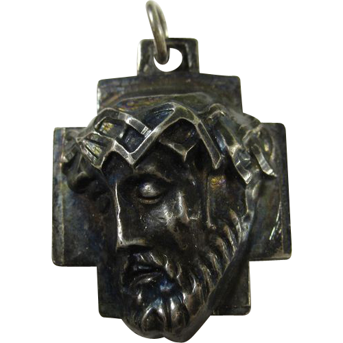 Vintage Sterling Silver Christ 3D Pendant by Chapel