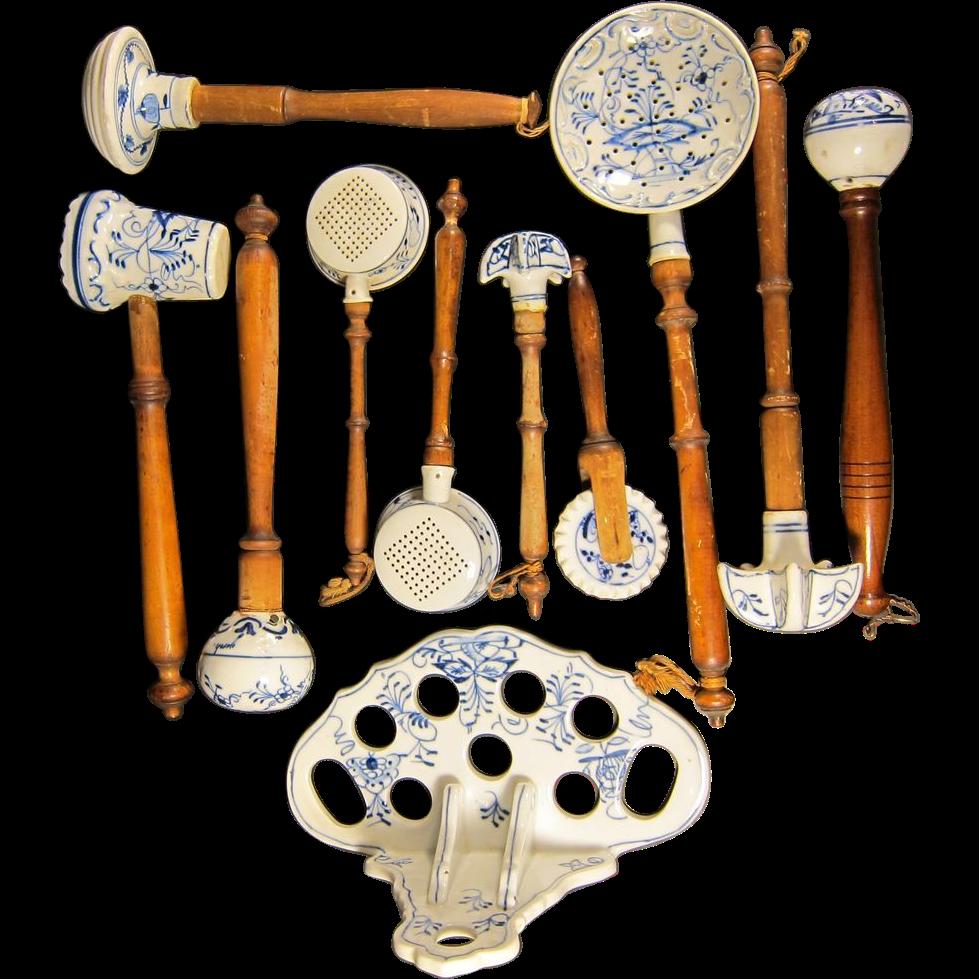 Antique german meissen blue onion porcelain kitchen for Kitchen set utensils