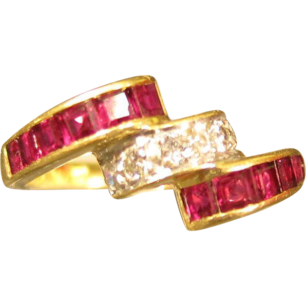 Modernist 18kt Yellow Gold Rubies & Diamonds Ring