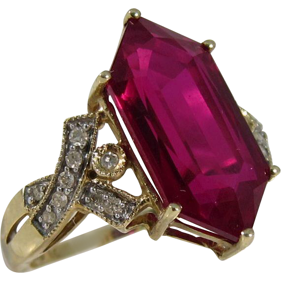 Vintage 1980s 10k Yellow Gold Synthetic Ruby and Diamonds Ring