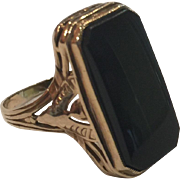 Art Deco Black Onyx 10k Yellow Gold Ring