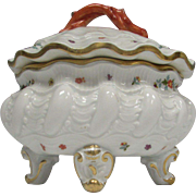 Rare Antique Meissen Footed Clam Shell Form Covered Bowl Jar Dresser Box