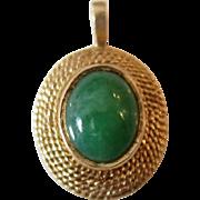 Elegant 14K Yellow Gold Green Jade Pendant
