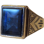 14K Yellow Gold Men's Rectangular Synthetic Sapphire Center Stone Ring