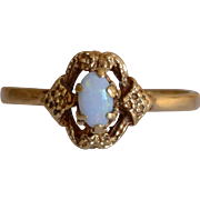 Lovely 14K Yellow Gold & Opal Ring