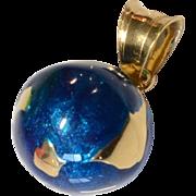 Vintage 14K Yellow Gold Blue Enamel 3D Globe Pendant/Charm