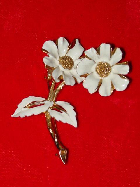 Vintage Floral Trembler Brooch
