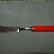 Orange Bakelite Butter Knife / Cheese Spreader