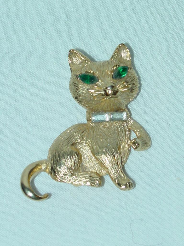 Vintage Kitty Cat Pin / Brooch
