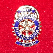 14K Rotary International Past President Lapel Pin